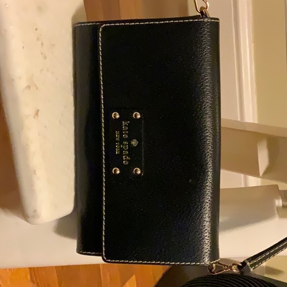 kate spade Handbags - Kate Spade Cedar Street Cali Leather Cross Body